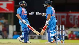 गुवाहाटी : दूसरे टी-20 मैच में आस्ट्रेलिया ने भारत को 8 विकेट से हराया