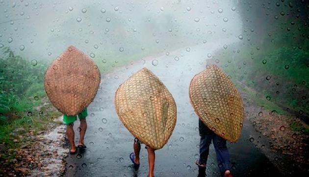 सिक्किम सहित कई राज्यों में 24 घंटे में बारिश हुई या फिर गरज के साथ छींटे पड़े