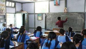 फिर खुले विधालय, एनआरसी में ड्यूटी पर गए शिक्षक विद्यालय लौटे