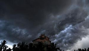 असम, मेघालय सहित कई राज्यों में आंधी और तूफान के साथ बारिश के आसार