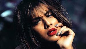 असम पहुंची एशिया की सबसे सेक्सी महिला, नहीं देखा होगा आपने ऐसा रूप