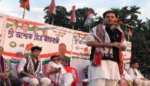 BJP का लेनिन की जगह त्रिपुरा के राजा की मूर्ति का प्लान, पोते ने जताया विरोध