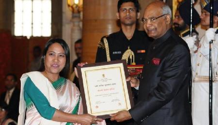 मणिपुर की चिरोम इंदिरा को मिला 'नारी शक्ति पुरस्कार'
