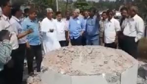 माणिक और येचुरी ने किया त्रिपुरा के हिंसा ग्रस्त इलाकों का दौरा