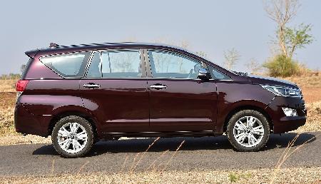 नागालैंड में विधायकों ने मांगी 22 लाख रुपए की टोयोटा और इनोवा कारें