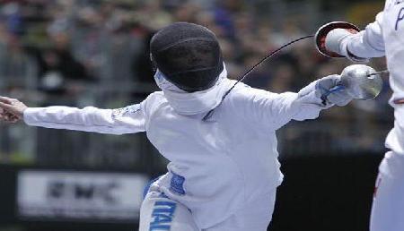 मणिपुर में हुई तलवारबाजी प्रतियोगिता में दिव्यांग ने जीता गोल्ड मैडल