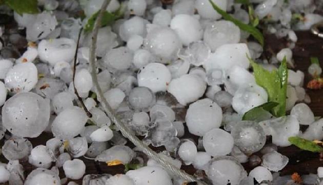 अगले 24 घंटे में तूफान के साथ बारिश और ओले गिरने का अनुमान, मेघालय में होगी बारिश