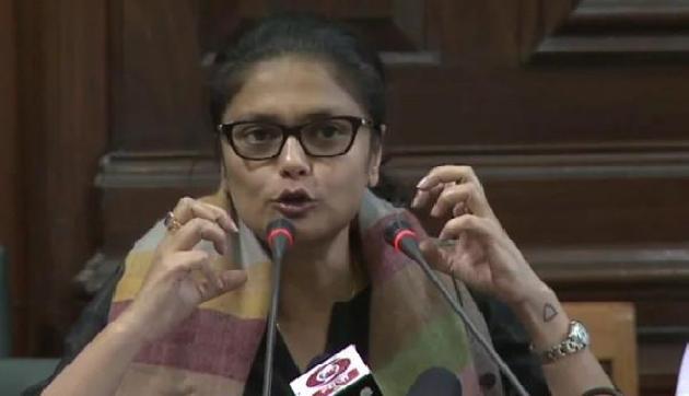 असमः कांग्रेस सांसद ने कहा, जावड़ेकर से मिलना आसान, DU के कुलपति से मुश्किल
