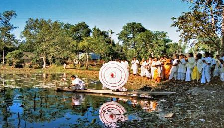 पूरे विश्व में असम के इस गांव से शुरू हुआ था काला जादू , आने से खौफ खाते हैं लोग