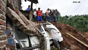 नागालैंड में तेज बारिश के बाद भूस्खलन, एक की मौत, तीन घायल