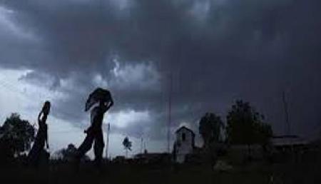 सिक्किम में आंधी और तूफान के साथ बारिश का अनुमान, कई अन्य राज्यों में भी बदला मौसम