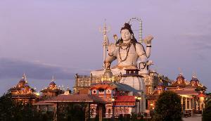 सिक्किमः बेहद खूबसूरत है सिद्धेश्वर धाम, जहां बनी हैं भगवान शिव की मूर्तियां