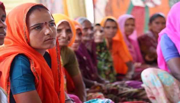 इस गांंव की महिलाएं हर साल तीन महीने के लिए हो जाती हैं विधवा!