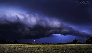 लगातार मौत बांट रहा है तूफान, आज भी कहर ढाएंगी तूफानी हवाएं, अलर्ट जारी