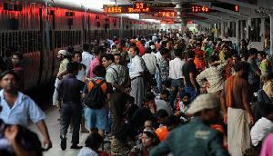 ट्रेन से सफर करने वाले यात्रियों के लिए बुरी खबर है, रेलवे ने दिया बड़ा झटका