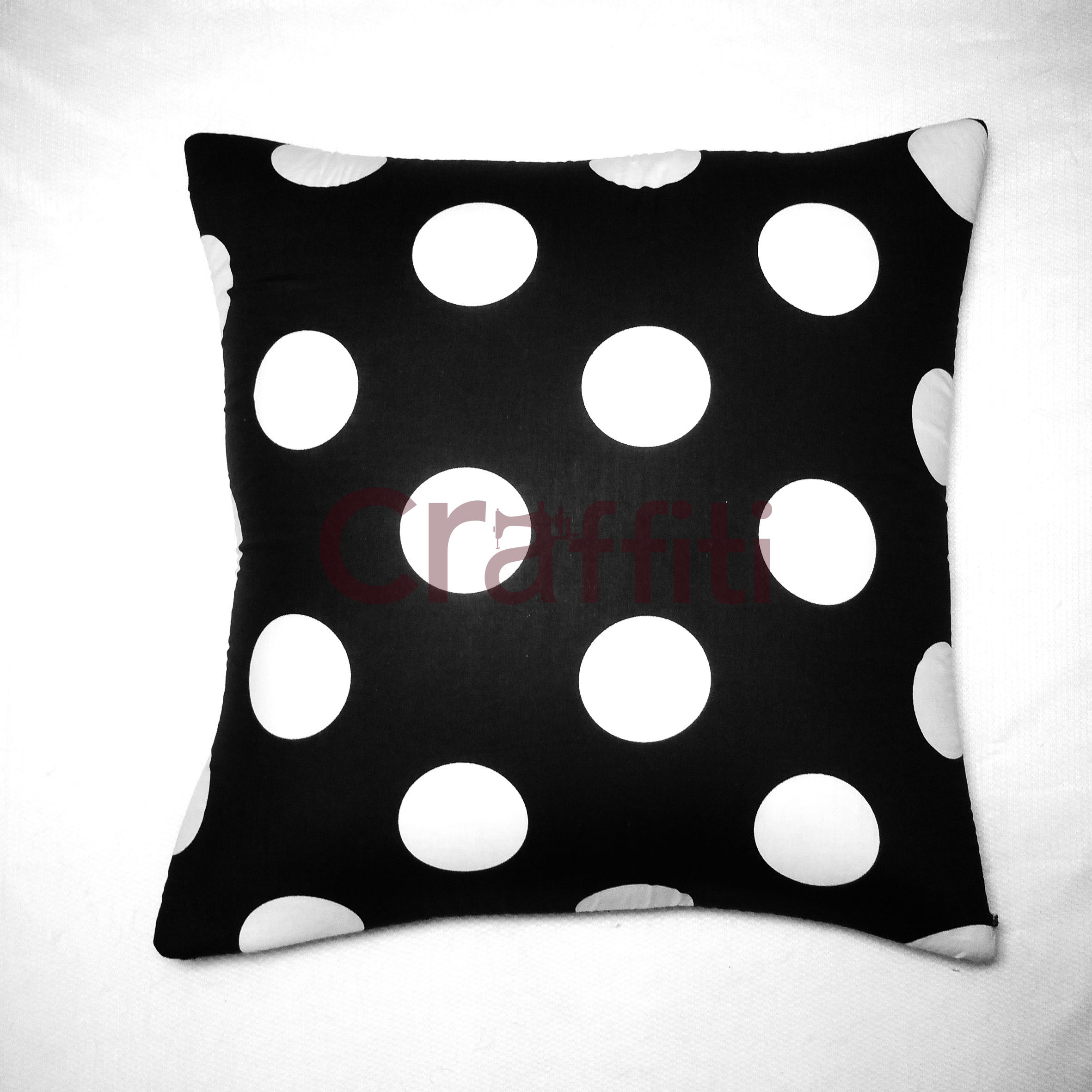 BIG Black Polkadot - Cushion Cover