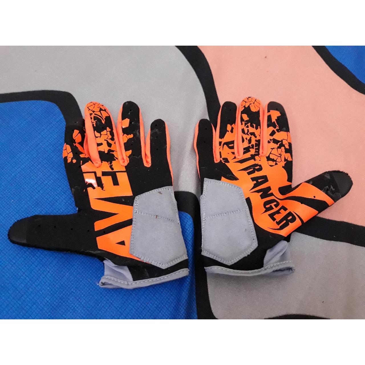 Avelio Gloves