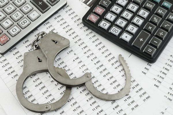 Spotting Accounting Manipulation