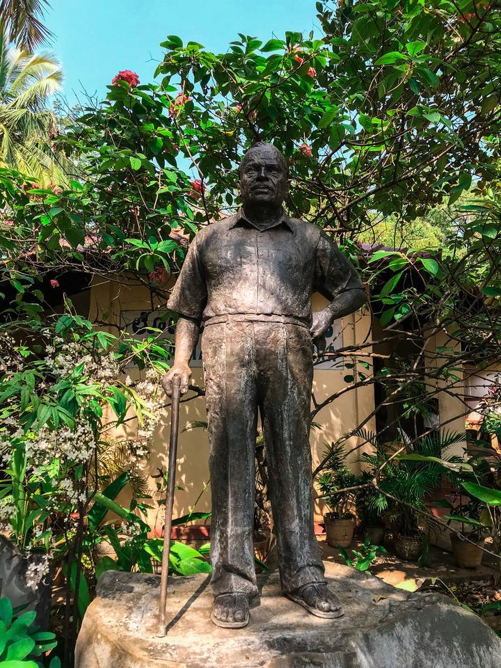 Statue of H.L. Nage Gowda - Founder of Janapada Loka