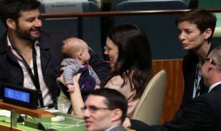 bayi ikut sidang pbb, sidang pbb, bayi,