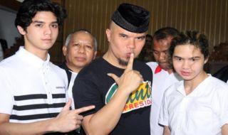 Ahmad Dhani Bantah Al Ghazali Dibawah Pengaruh Alkohol Saat Kecelakaan