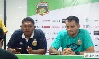 Simon McMenemy, Bhayangkara FC, Liga 1 2018, Persib Bandung