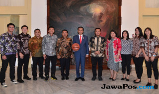 DBL Indonesia, Presiden Jokowi, Azrul Ananda