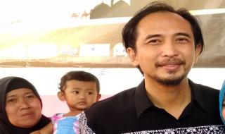 Intip Koleksi dan Gaya Busana Titi Kamal Sambut Tahun Baru bc3e573171