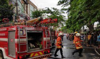 Butik di Ruko Jalan Kayoon Terbakar, Baju dan Manekin Hangus