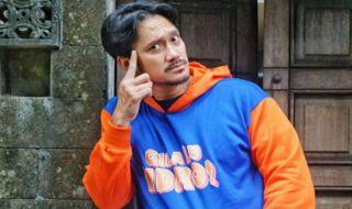 Cerita Tora Sudiro yang Percaya Diri Menjadi Indro Warkop