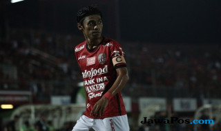 Fadil Sausu, bali united, Tampines rovers, gol indah fadil sausu, fadil sausu di maria, Angel di maria, Anthony Martial,