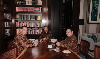 AHY, SBY dan Prabowo