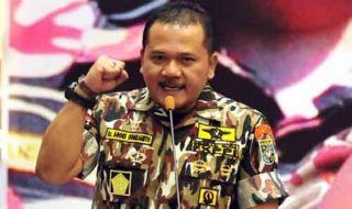 Ketua GM FKPPI Jawa Timur Agoes Soerjanto pembakaran bendera tauhid