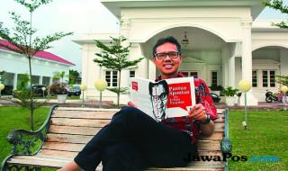 Irwan Prayitno dan buku Pantun Spontan ala Irwan Prayitno Jilid I
