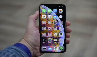 iPhone dibobol, iPhone XS Max bobol, hacker bobol iPhone