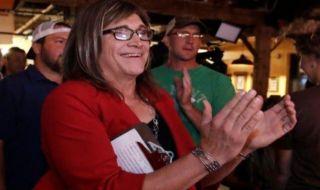 Hallquist Jadi Calon Gubernur Transgender