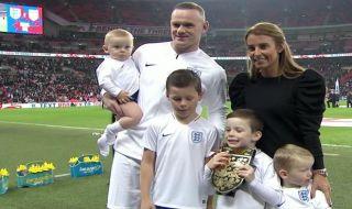 Laga persahabatan, Laga Uji Coba, Timnas Inggris, Timnas Amerika Serikat, Inggris 3-0 Amerika Serikat, Rooney Pensiun