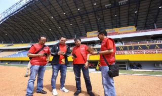 Telkomsel, Telkomsel Asian Games, Bob Apriawan