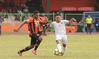 Persebaya Surabaya, Liga 1 2018, Perseru Serui, Angel Alfredo Vera