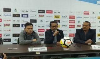 Persela Lamongan, Aji Santoso, Liga 1 2018, Persib Bandung