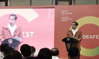 presiden joko widodo, jokowi, ideafest 2018, jokowi di ideafest, gaya jokowi,