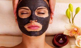 Lagi Hype, Raih Manfaat Masker Arang Buatan Sendiri
