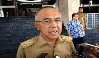 Guberur Riau Arsyadjuliandi Rahman.
