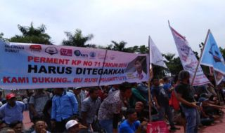 Demo Pukat Trawl