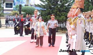 Megawati dan Tito