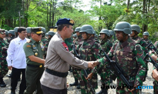 kelompok kriminal bersenjata, kelompok bersenjata papua, penyekapan warga papua, KKB papua,