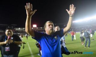 Hernan Gomez, pelatih paling berpengalaman di Benua Amerika.