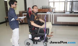 Kursi roda pintar inovasi dari Grup Riset Computer Vision, Fakultas Ilmu Komputer, Universitas Brawijaya