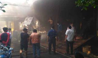 Pasar Petisah Terbakar