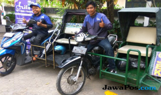 Triyono dan Puji Santosa, pendiri Difa City Tour and Transport
